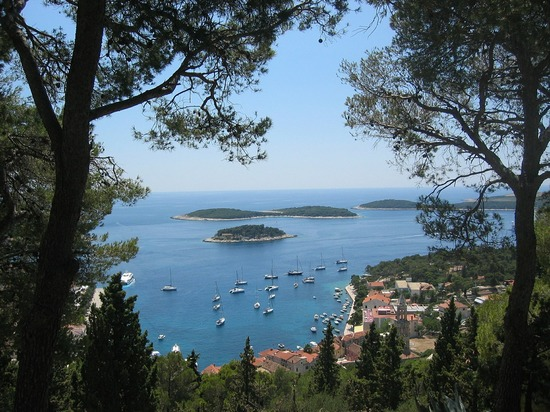 'Pakleni otoci' islands seen from Hvar island